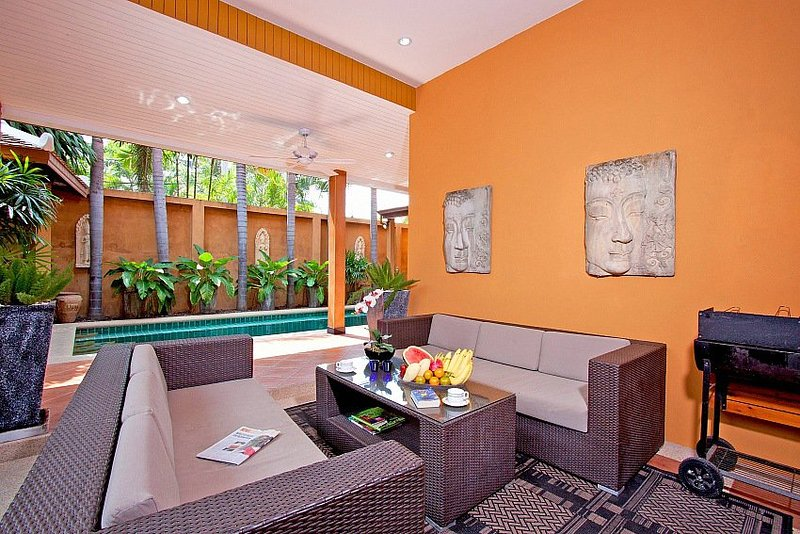 Pool villa 3 beds 700m to beach - Image 1 - Jomtien Beach - rentals