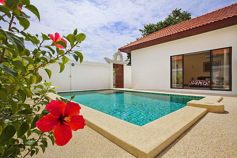 2 bed villa with pool 400m from beach - Image 1 - Pattaya - rentals