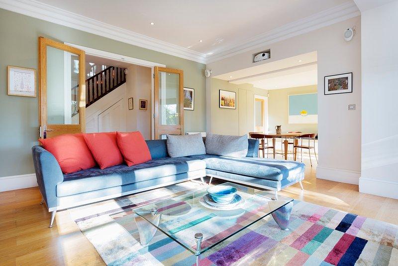 3 bed 3 bath maisonette in Belsize Park - Image 1 - London - rentals
