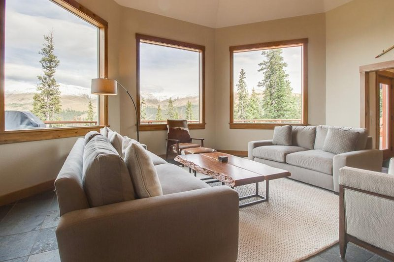 Luxurious home with breathtaking mountain views & privacy - close to ski slopes - Image 1 - Breckenridge - rentals