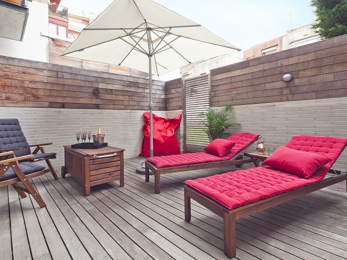 Exquisite duplex apartment including garden and pool - Image 1 - Barcelona - rentals