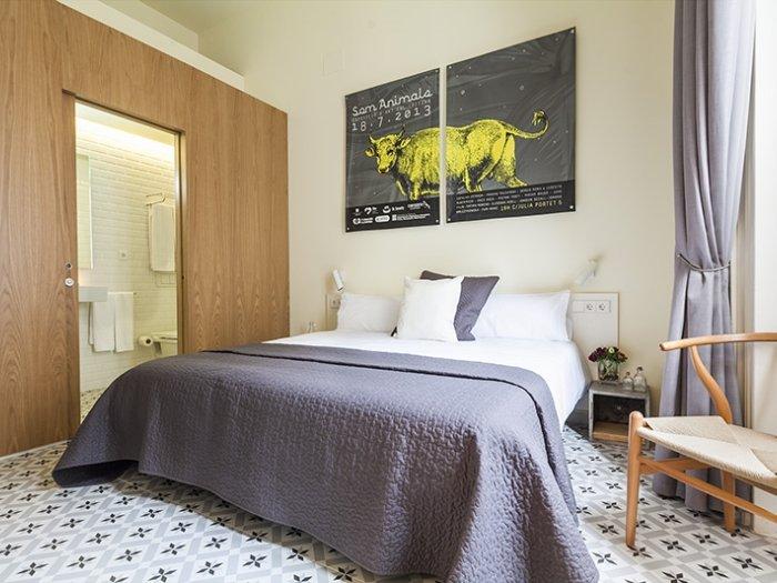 Luxury Pau Claris 2 - Image 1 - Barcelona - rentals