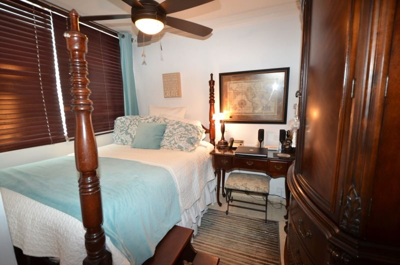 Romantic Condo at Condado Steps from the Beach - Image 1 - San Juan - rentals