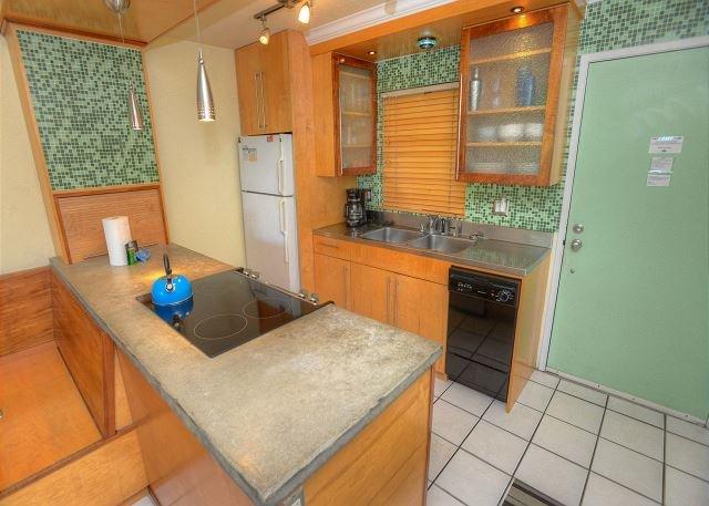 Renovated Two-Bedroom Condo in a Quiet Location - Image 1 - Kihei - rentals