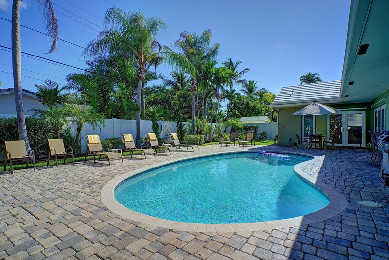Gorgeous Pool Home Near Beach, Dining, & Shopping! - Image 1 - Fort Lauderdale - rentals