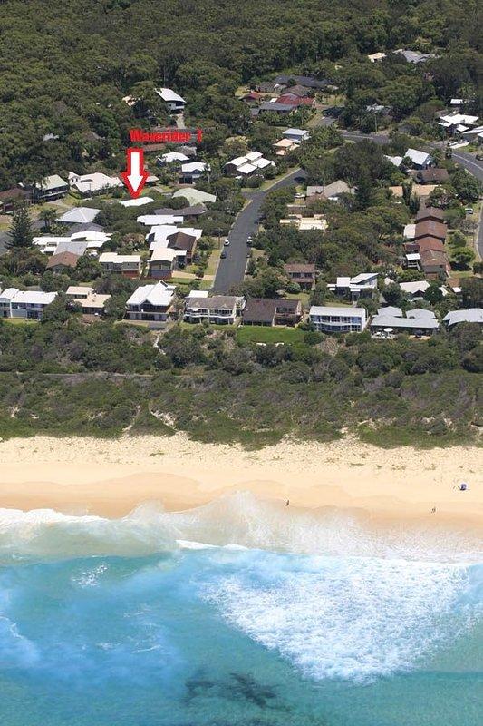 WAVERIDER 1   -   4A Harrow Drive Boomerang Beach - Image 1 - Elizabeth Beach - rentals