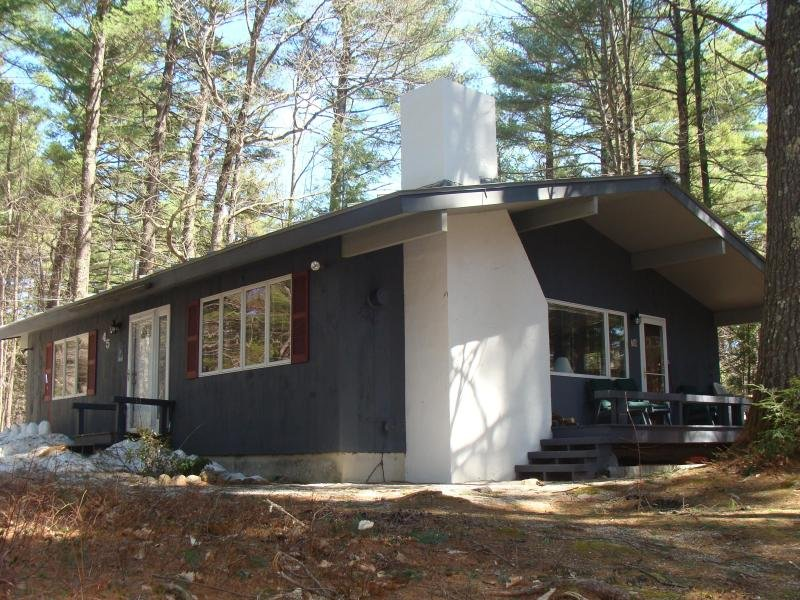 PRIME LOCATION: NEAR ECHO LAKE, SACO, STORYLAND - Image 1 - North Conway - rentals