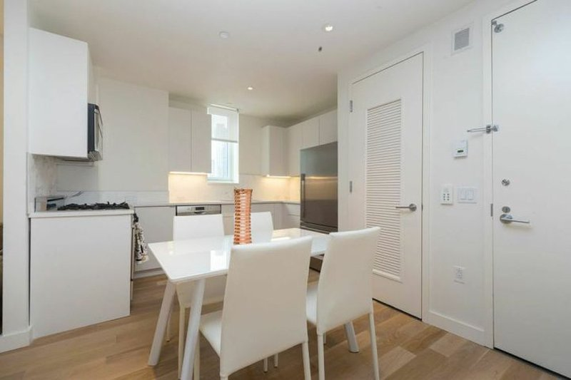 ELEGANT AND STYLISH 2 BEDROOM APARTMENT - 1 - Image 1 - Weehawken - rentals