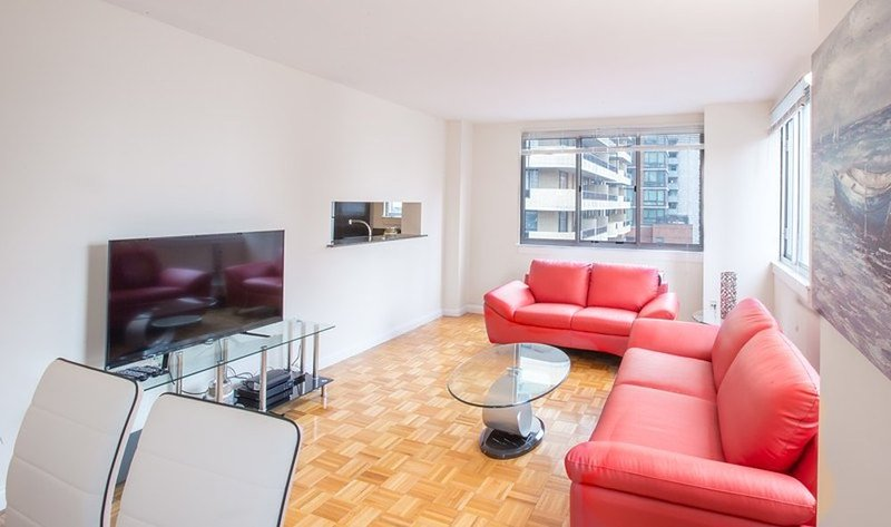 LOVELY AND SPACIOUS 2 BEDROOM, 2 BATHROOM APARTMENT - Image 1 - New York City - rentals