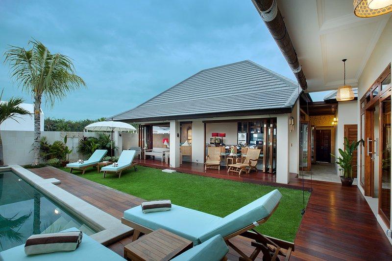 Villa Omkar - The Villa - Villa Omkar - 4 Bedroom Pool Villa in Canggu - Canggu - rentals