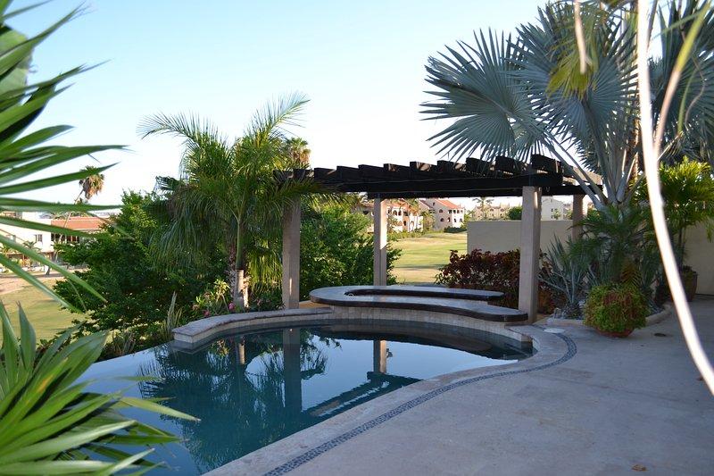 Pool with Swim Up Bar - Boutique Condos/Suites on Golf Course / Sea Views - San Jose Del Cabo - rentals