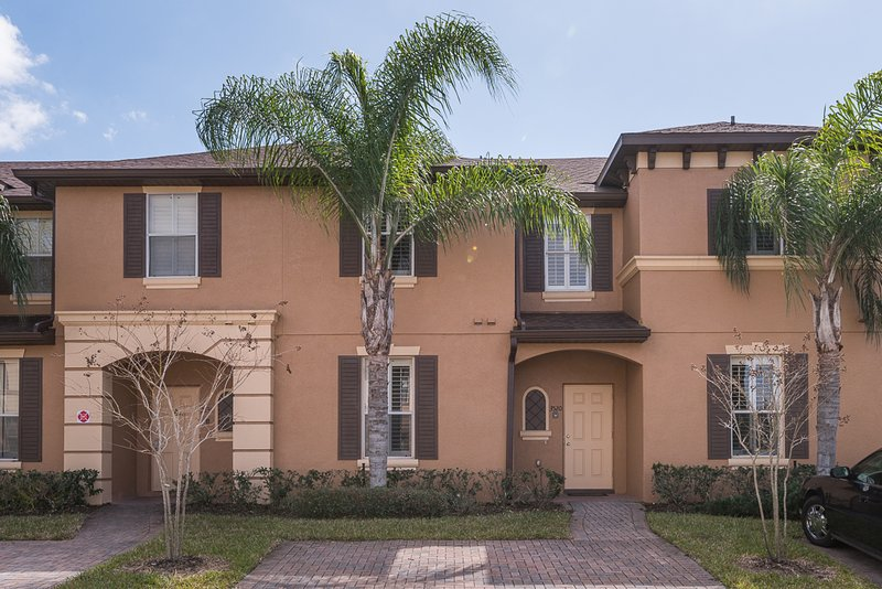 3 Br townhome in Regal Palms Resort - Image 1 - Old Town - rentals