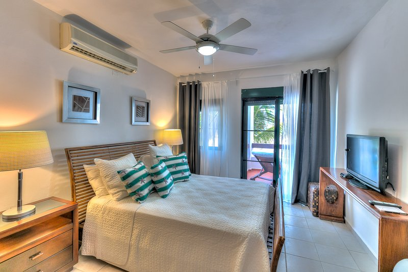 Unique 3 Bedroom Oceanfront Apartment S-L201 - Image 1 - Bavaro - rentals