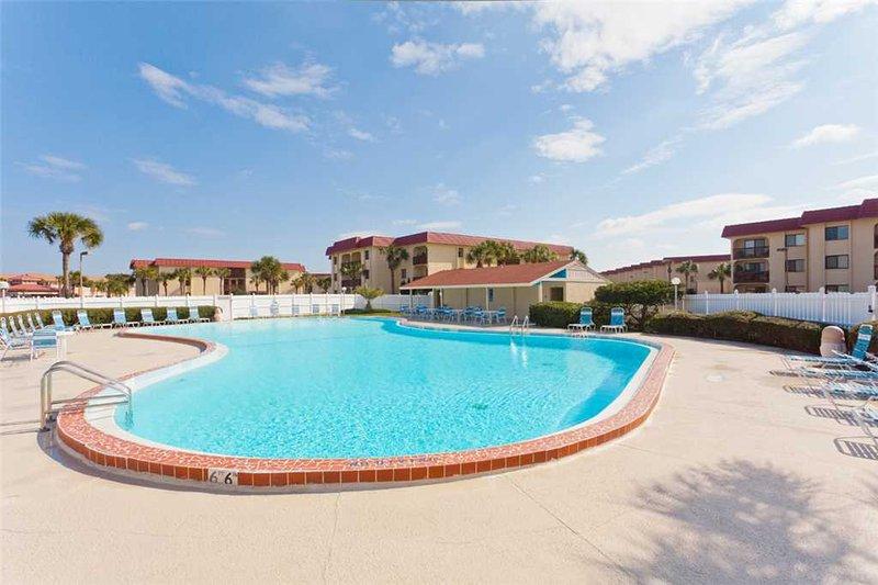 Ocean & Racquet 6103, 2 Bedrooms, Ground Floor, 2 Pools, Sleeps 6 - Image 1 - Saint Augustine - rentals