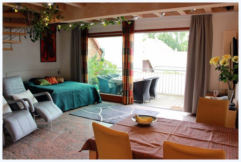 Vacation Apartment in Erlangen - 753 sqft, stylishly furnished, historic location, good for short or… #506 - Vacation Apartment in Erlangen - 753 sqft, stylishly furnished, historic location, good for short or… - Erlangen - rentals