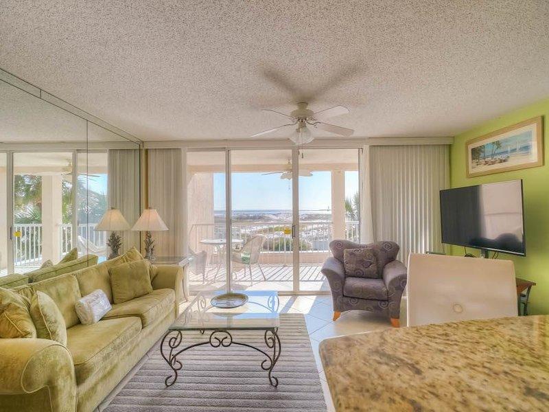 Magnolia House 212 - Image 1 - Destin - rentals