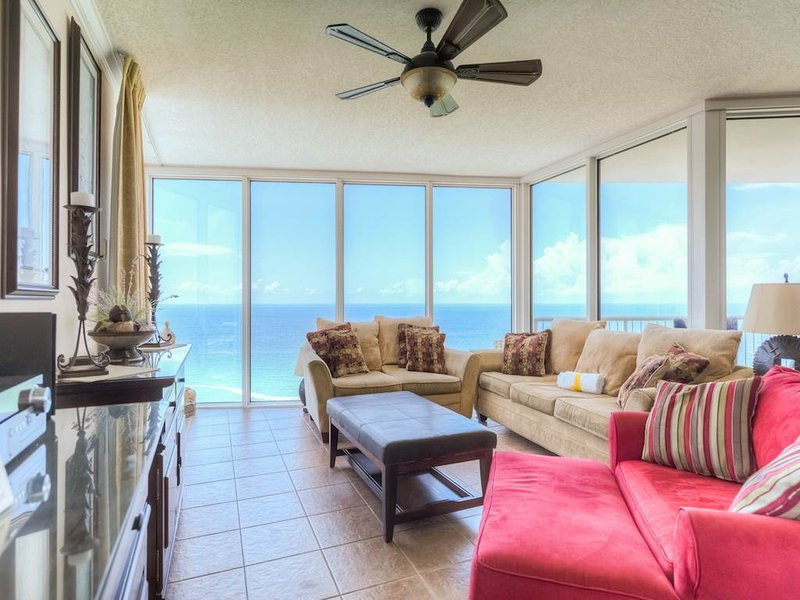 Upscale 3 Bedroom with Fantastic Waterfront View - Image 1 - Panama City Beach - rentals