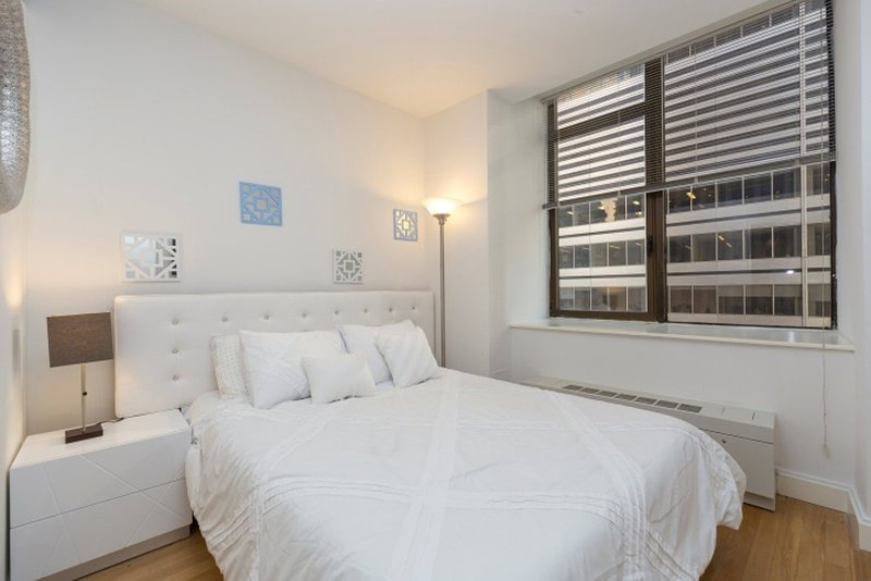 MODERN 3 BEDROOM NEW YORK APARTMENT - 2 - Image 1 - New York City - rentals