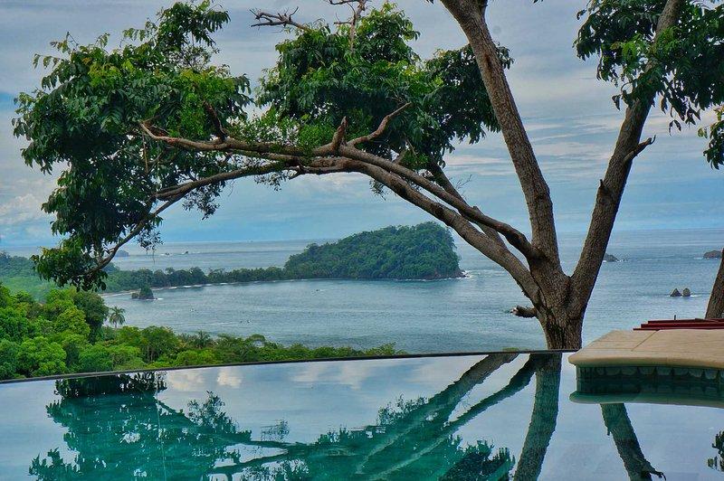 Extraordinary views from the pool. - Casa Olinda Newly Constructed 3bedroom Villa - Manuel Antonio National Park - rentals