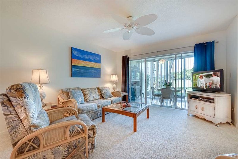 Tangerine Condo at Plantation, 2 Bedrooms, Pool, WiFi, Sleeps 6 - Image 1 - Venice - rentals