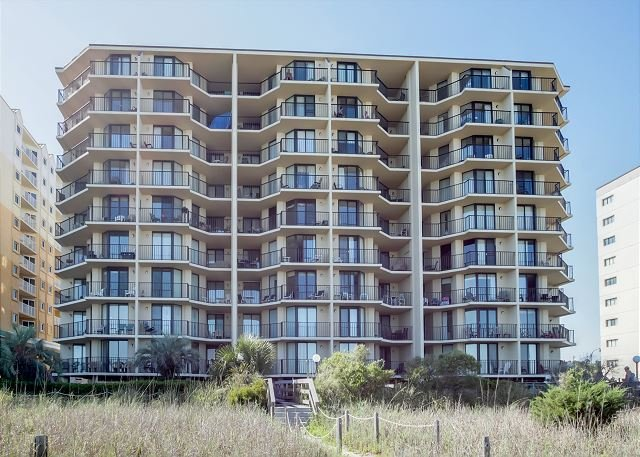 The Summit  - Beautifully Decorated and Well Kept oceanfront condo sleeps 6 - North Myrtle Beach - rentals