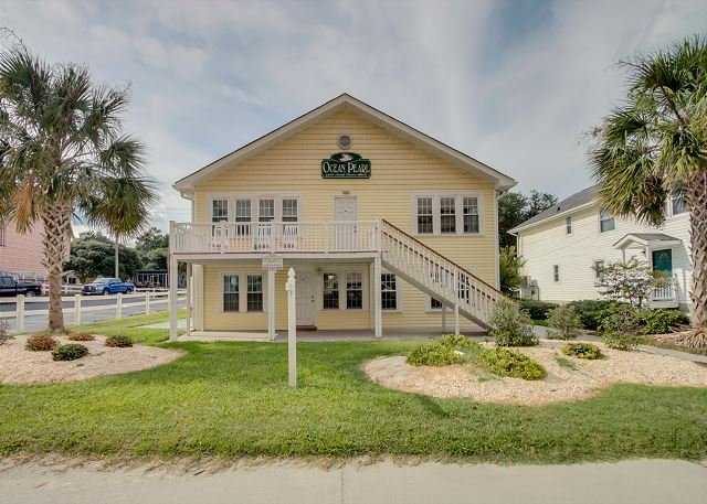 Ocean Pearl (Front Of House) - Newly Refurbished - 2nd Row, Beach House w/7 Bedrooms, 5 Bathrooms, Sleeps 25 - North Myrtle Beach - rentals