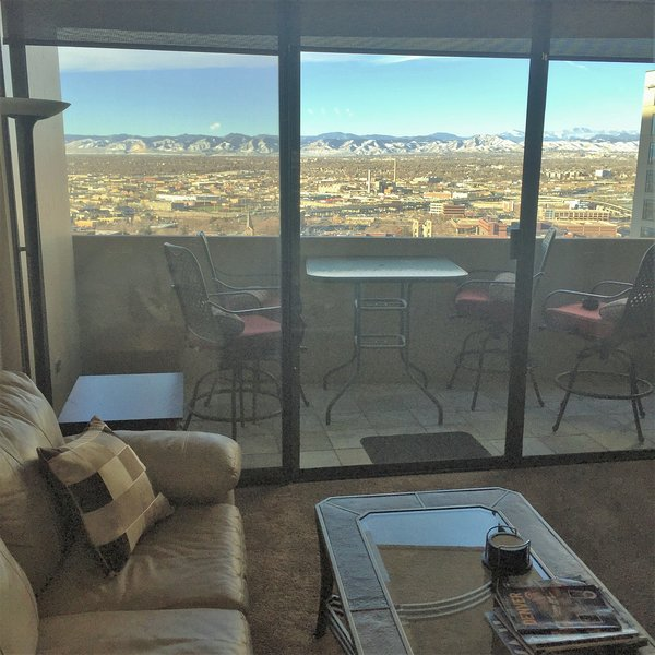 Downtown Denver-16th St Mall, Vu's, pool, balcony, 24hr front desk, parking, gym - Image 1 - Denver - rentals