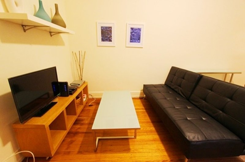 BRIGHT, MODERN AND COMFORTABLE 1 BEDROOM, 1 BATHROOM APARTMENT - Image 1 - New York City - rentals