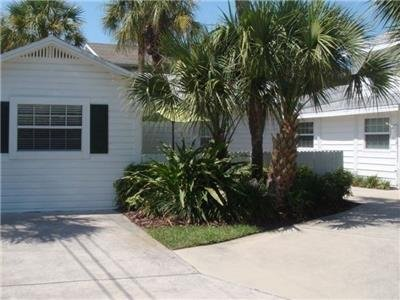 La Casita Del Mar - Weekly Beach Rental - Image 1 - Clearwater Beach - rentals