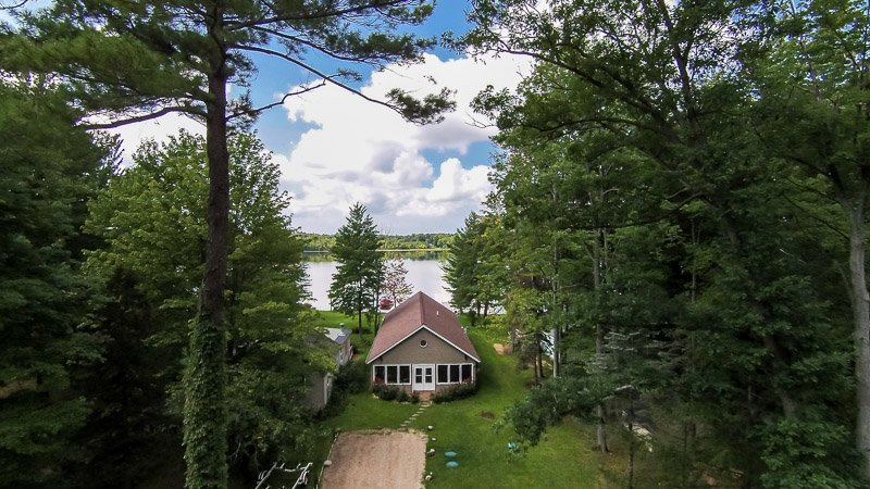 A secluded lakeside cottage with all the modern trappings - Lkfront Private Beach & Dock-Sunset Beach House - Pullman - rentals