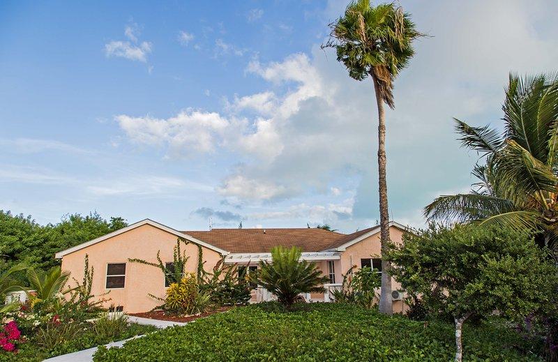Le Aloe Vera Villa 1 - 3 Bedroom Villa - Image 1 - Grace Bay - rentals