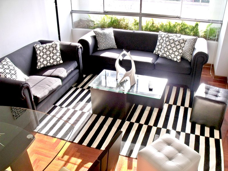 Sala - Modern Apartment In Miraflores/Convenient Location - Lima - rentals