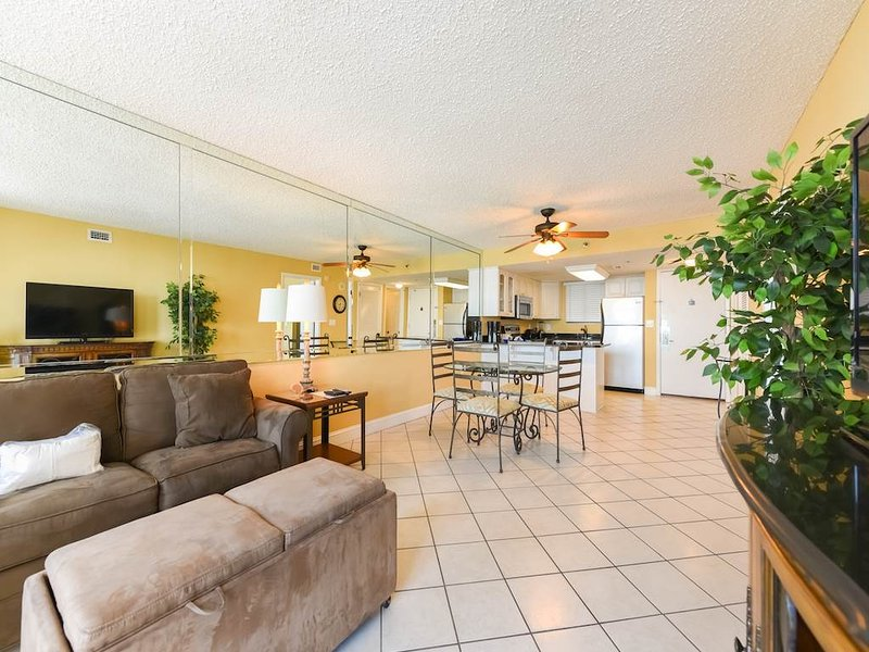 Sundestin Beach Resort 01114 - Image 1 - Destin - rentals