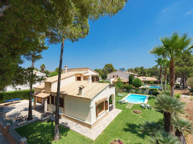 3 bedroom Villa in Puerto Pollenca, Mallorca, Mallorca : ref 2252116 - Image 1 - Port de Pollenca - rentals