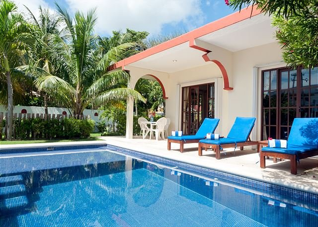 Relax by the sparkling pool and enjoy the ocean breeze. - Image 1 - Puerto Morelos - rentals