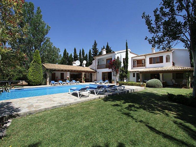 7 bedroom Villa in Puerto Pollenca, Mallorca, Mallorca : ref 3084 - Image 1 - Port de Pollenca - rentals
