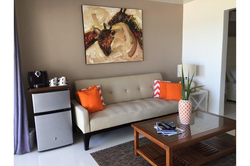 El Zafiro: Pearl Suite - Peace of mind! - Image 1 - Simpson Bay - rentals