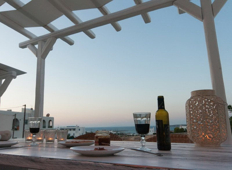 Paros - Gv -Mikes Summer House with 4 bedrooms near the sea in Naoussa - Image 1 - Naoussa - rentals