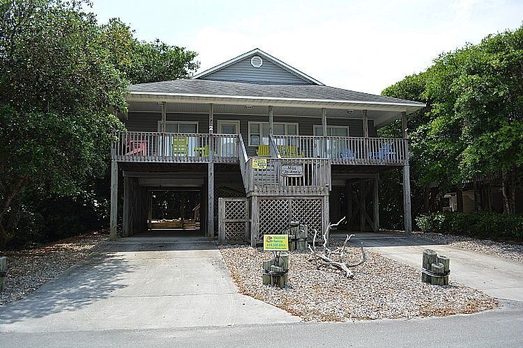 Front Exterior - Miss Jo-Ann's - Rooftop Deck with Stunning Ocean & Sound View, Near Beach Access - Surf City - rentals