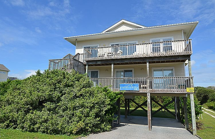 Street Side Exterior - Four Dreamers - Delightfully Modest Home, Pet Friendly, Ocean View, Beach Access - Topsail Beach - rentals