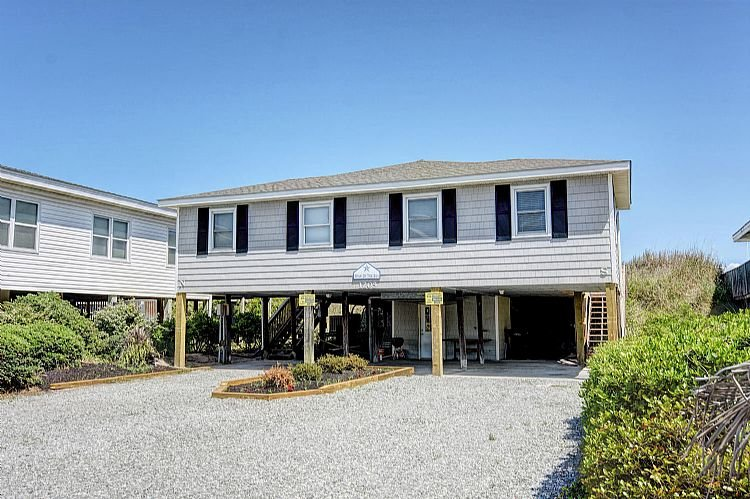 Front - Star of the Sea South - Sensational Oceanfront Views, Great Location, Affordable - Topsail Beach - rentals