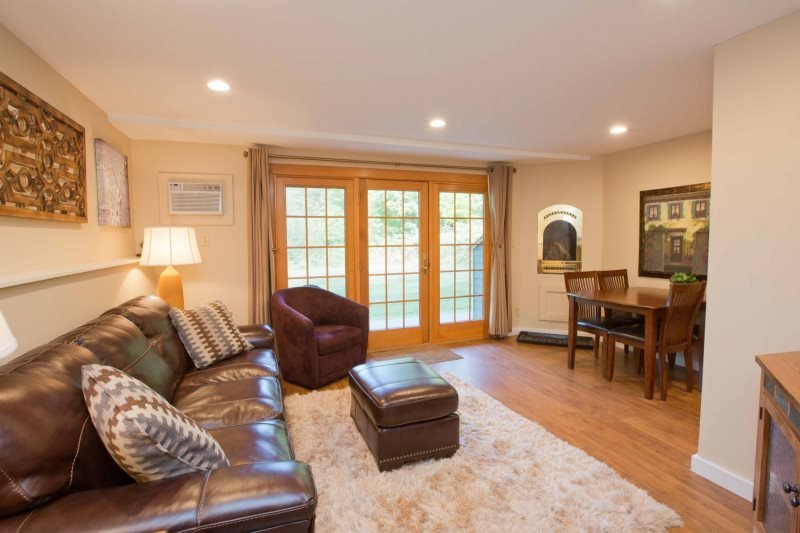 Newly remodeled and furnished 1 Bedroom at Topnotch Resort! Just 100 yds from Spa! Perfect for Small Families or a Romantic Getaway! - Image 1 - Stowe - rentals