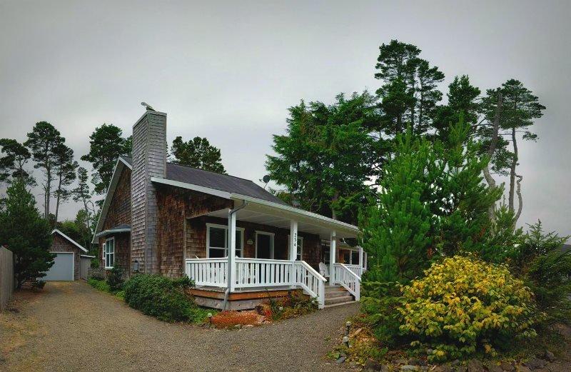 Casa Bella - Image 1 - Depoe Bay - rentals