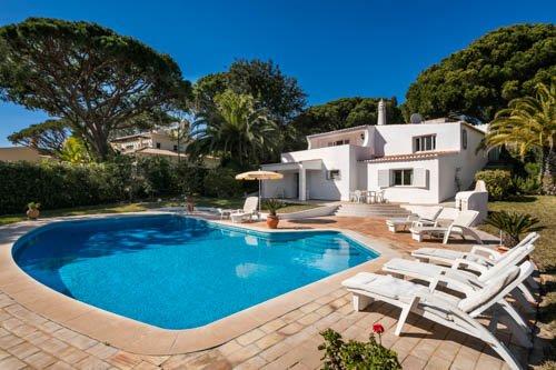 Villa Casa do Golf - Image 1 - Algarve - rentals