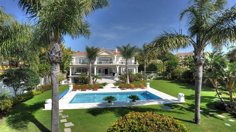 Villa Puerto Banus 016003P - Image 1 - Marbella - rentals