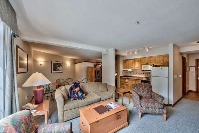 Living and Kitchen - Hearthstone Lodge Village Ctr - HS311 - Sun Peaks - rentals