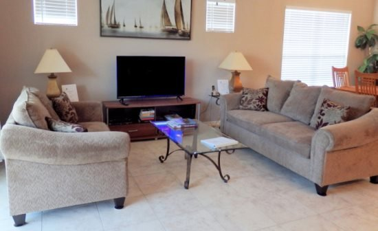 4 Bedroom 3 Bath Pool Home in Gated Community Near Disney. 660THB - Image 1 - Orlando - rentals