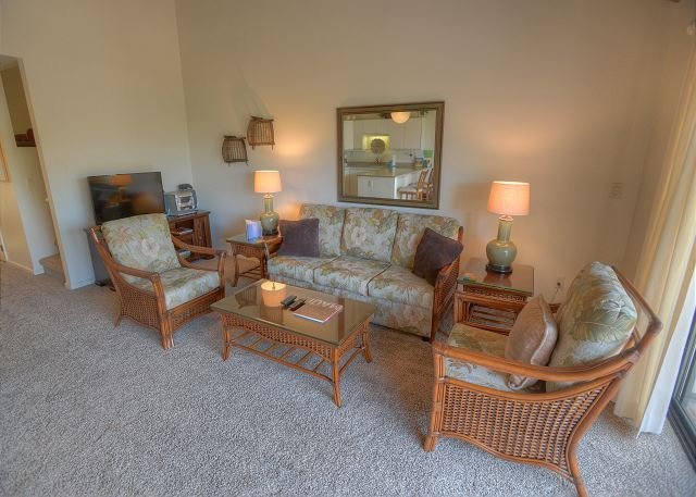 Open and Spacious Floor Plan with a Beautiful Garden View - Image 1 - Kihei - rentals