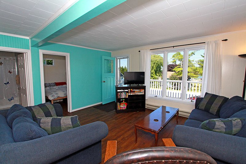Trails End Beach House cottage (#751) - Image 1 - Lions Head - rentals