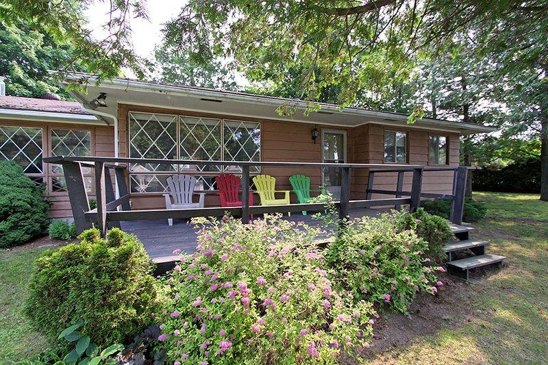 Huron Cedars cottage (#928) - Image 1 - Kincardine - rentals